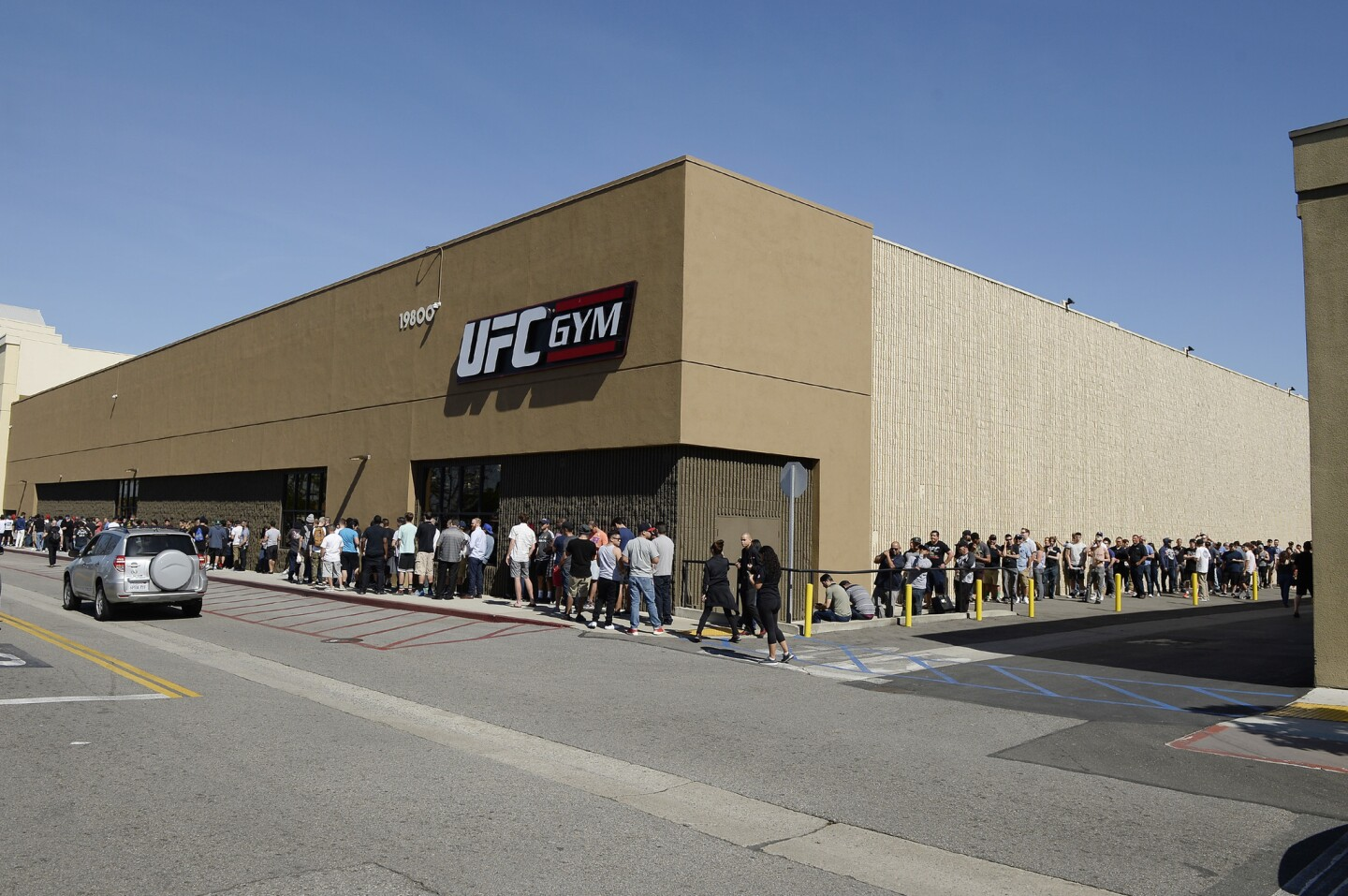 TORRANCE, CA - FEBRUARY 24: Fans wait in line for a news conference between UFC featherweight champion Conor McGregor and lightweight contender Nate Diaz participate in a news conference at UFC gym February 24, 2016, in Torrance, California. (Photo by Kevork Djansezian/Getty Images) ** OUTS - ELSENT, FPG, CM - OUTS * NM, PH, VA if sourced by CT, LA or MoD **