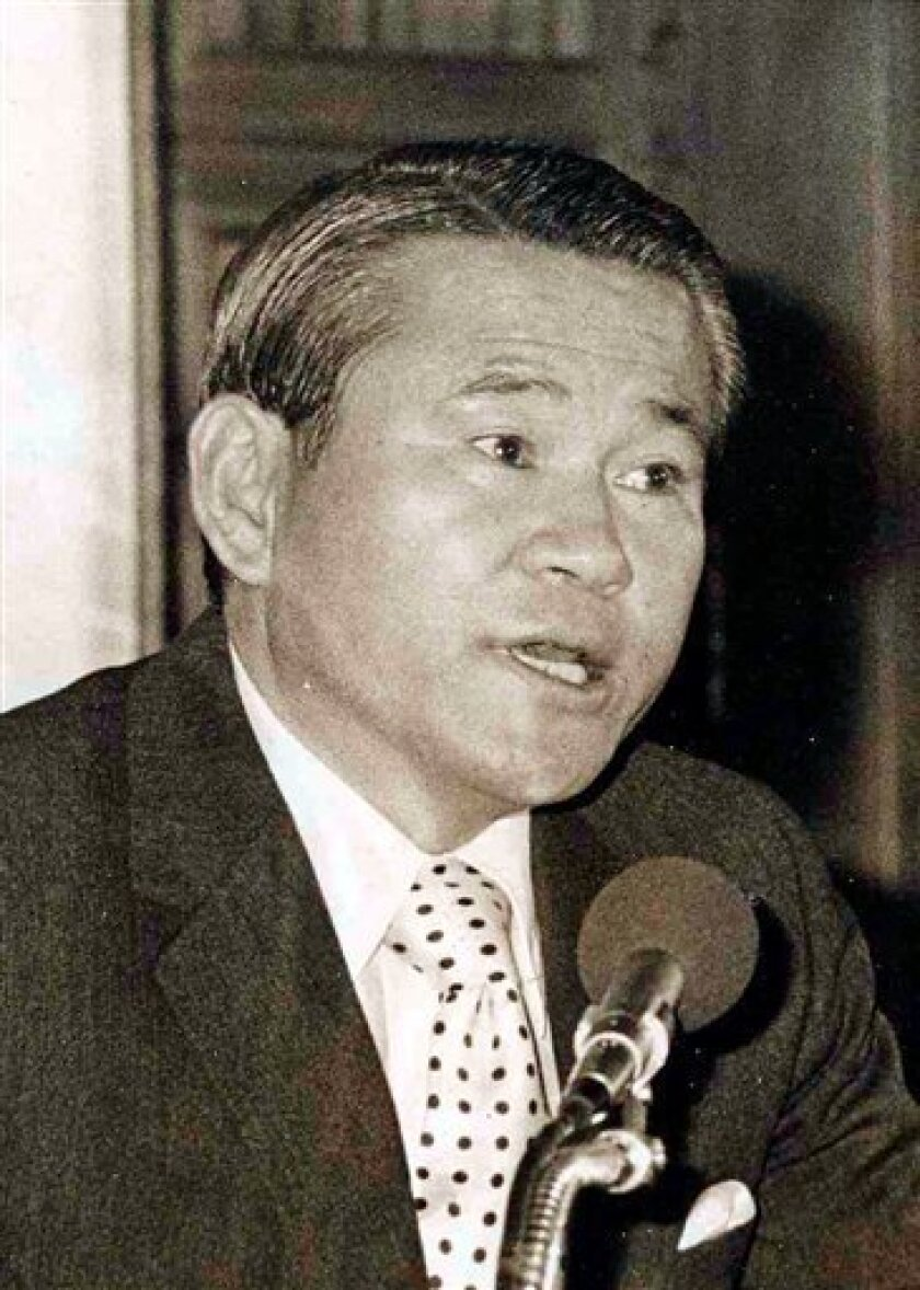 In this Dec. 2, 1972 photo, Former South Korean spy chief Lee Hu-rak speaks at a press conference in South Korea. Lee, who brokered the signing of a historic 1972 peace document with North Korea following a secret trip to Pyongyang, dies. He was 85. (AP Photo/ Yonhap)