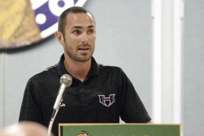 Hard homecoming for Hoover's <b>Andrew Policky</b>Tornadoes coach takes tough loss against alma mater on the road.