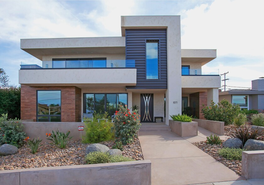 This Jackson Design and Remodeling home in Ocean Beach is on the Modern Architecture + Design Society's Oct. 12, 2019 San Diego Modern Home Tour. More details at sandiegomodernhometour.com and jacksondesignandremodeling.com