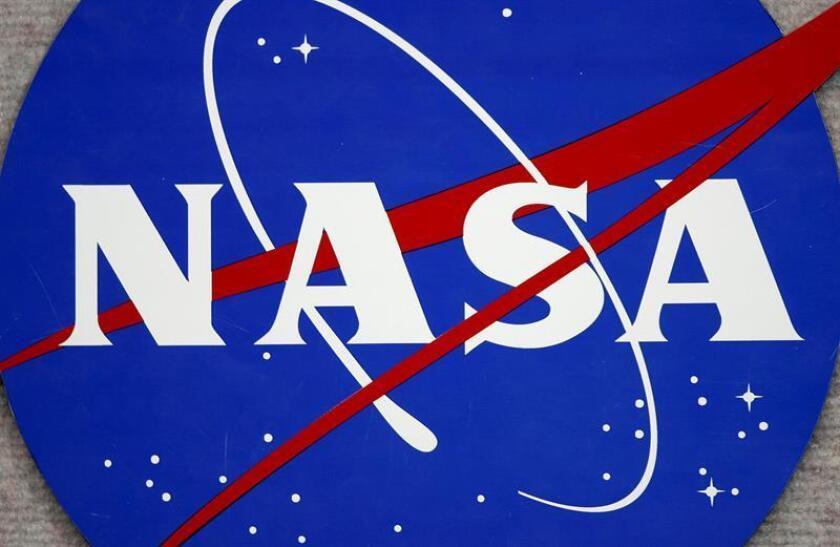 Imagen del logo de la NASA en el Centro Espacial Johnson en Houston (EEUU). EFE/Archivo