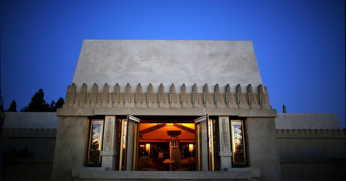 Tafel zur Erinnerung an Frank Lloyd Wright 's Malve Haus als L. A.' s erstes UNESCO-Weltkulturerbe