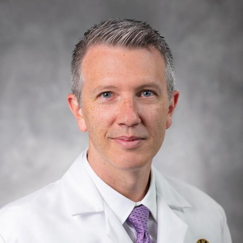 El Dr. Tyler Stewart hablará en línea en el Centro Comunitario de La Jolla el 19 de octubre.