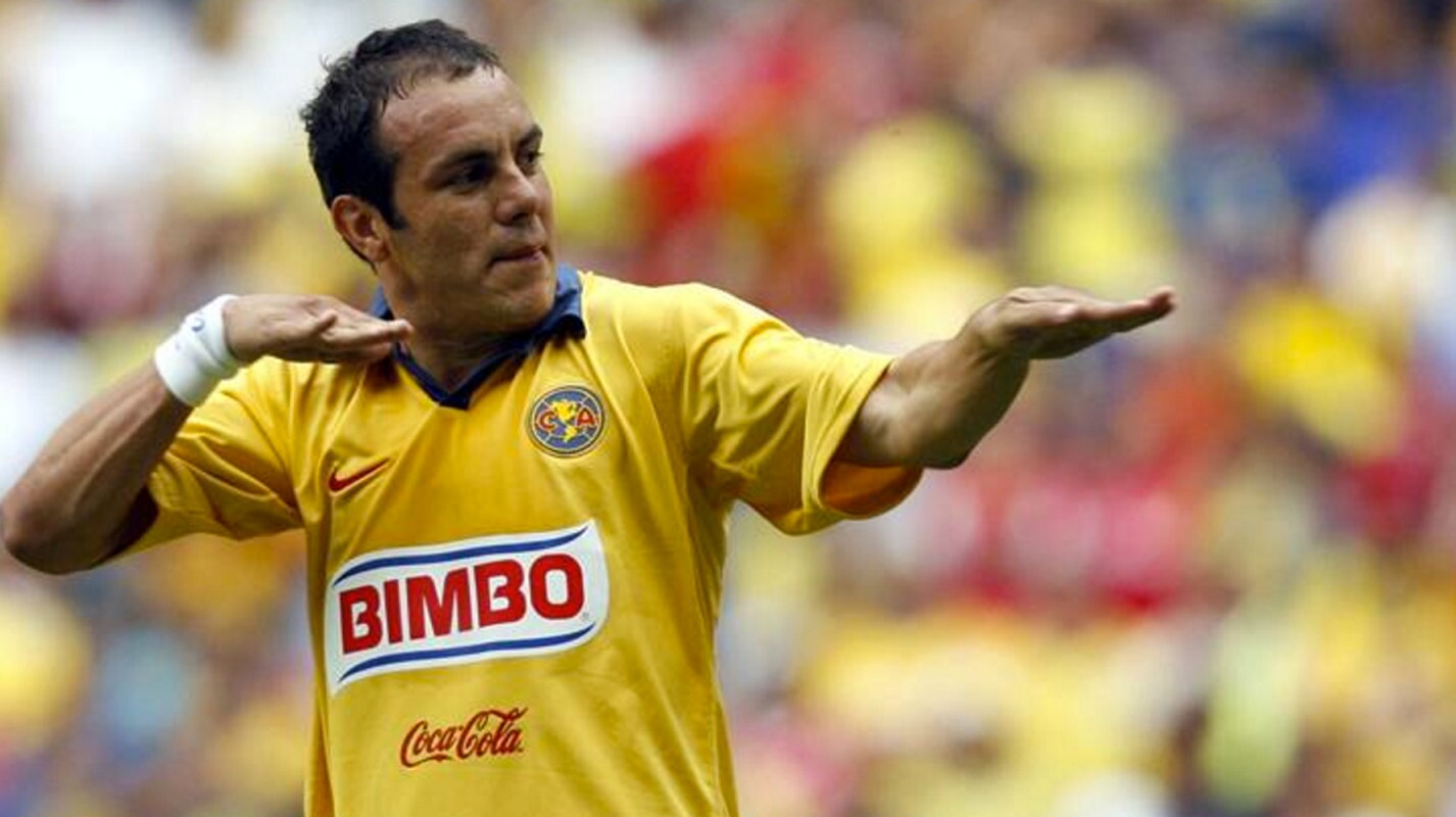 América: Con las Águilas debutó en 1992 y estuvo hasta el Verano 1997; luego, del Invierno 98 al Verano 2000; Apertura 2002 al Clausura 2004; Clausura 2005 al Clausura 2007.