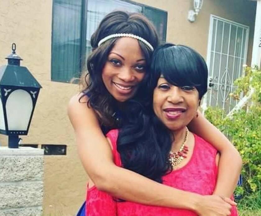 Geneviéve Jones-Wright (left) with her mother Mae Jones (right).
