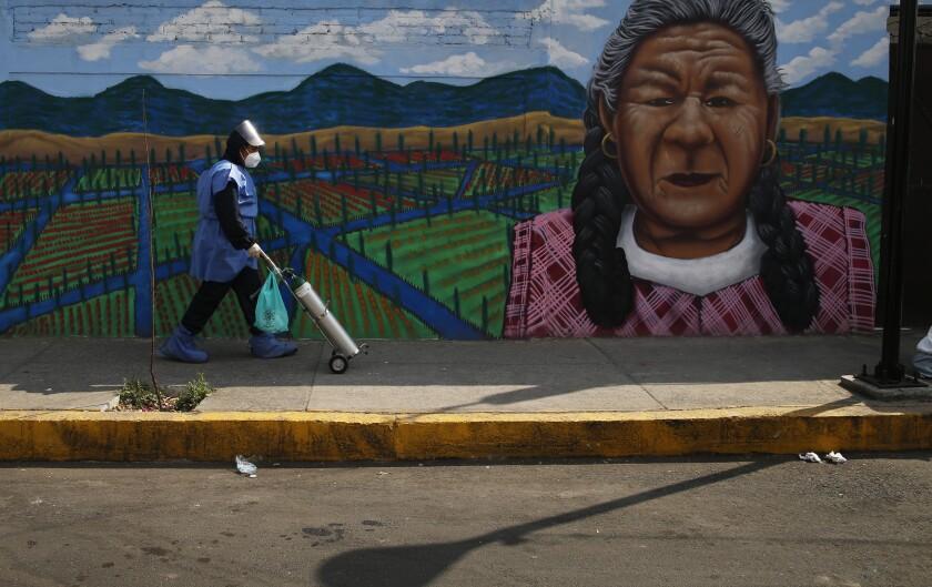 México reporta récord de muertes por COVID-19 en un día