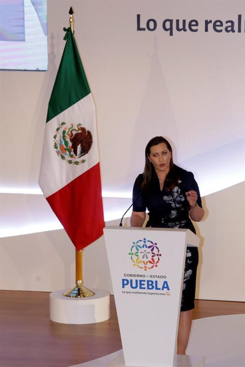 La militante del Partido Acción Nacional (PAN) Martha Érika Alonso, ofrece su primer mensaje oficial hoy, en el estado de Puebla (México). EFE