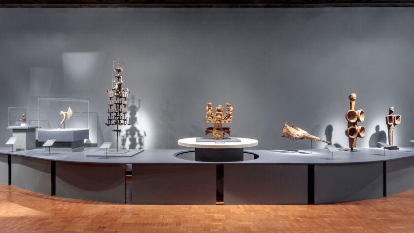 la-et-cm-african-blacksmiths-fowler-museum