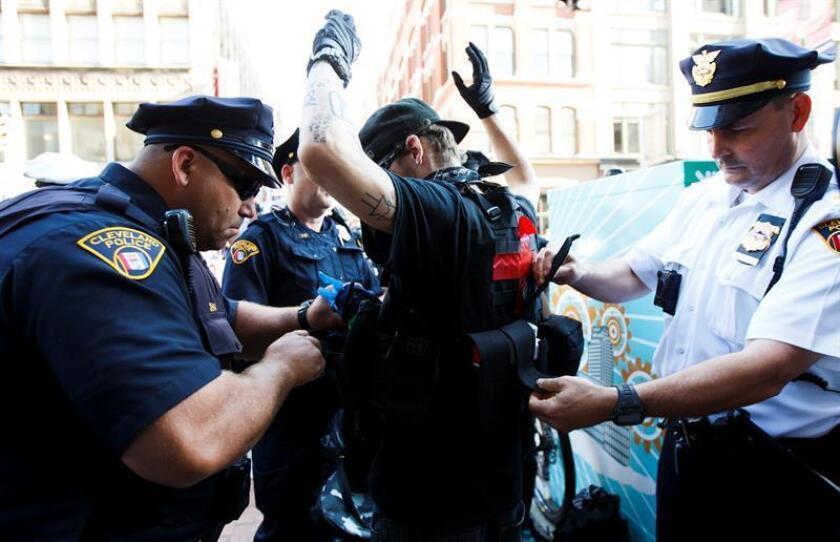 Detienen a un hombre que buscaba atentar el 4 de Julio en Ohio para Al Qaeda