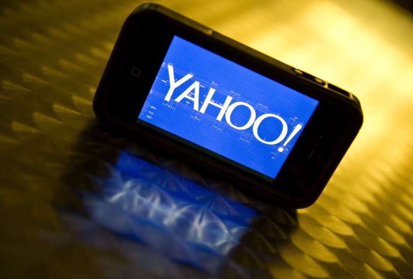 Text messages play an important role in Yahoo's new way of letting users log into their accounts.