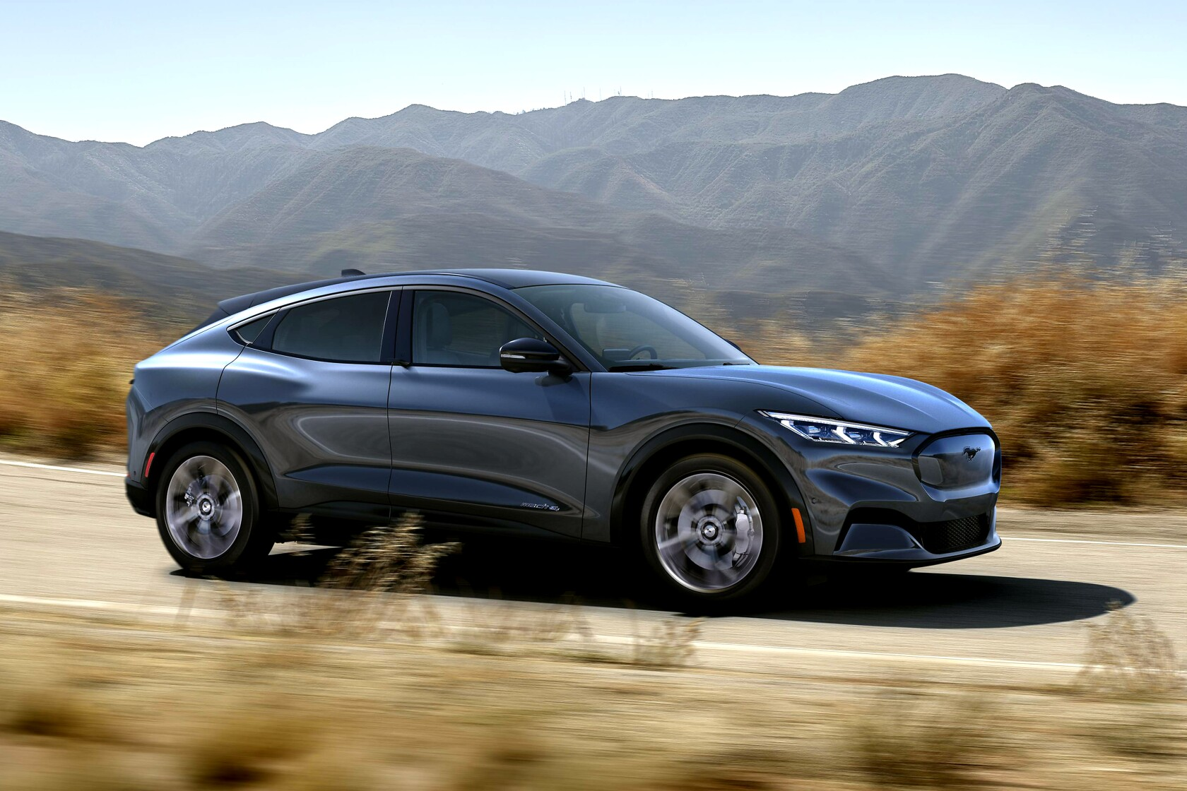 Ford Electric Car >> Ford Unveils Mustang Inspired Electric Suv Los Angeles Times