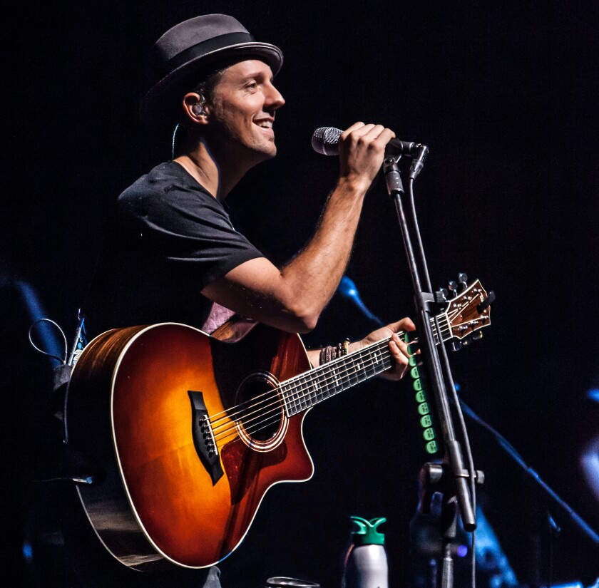 Oceanside singer Jason Mraz