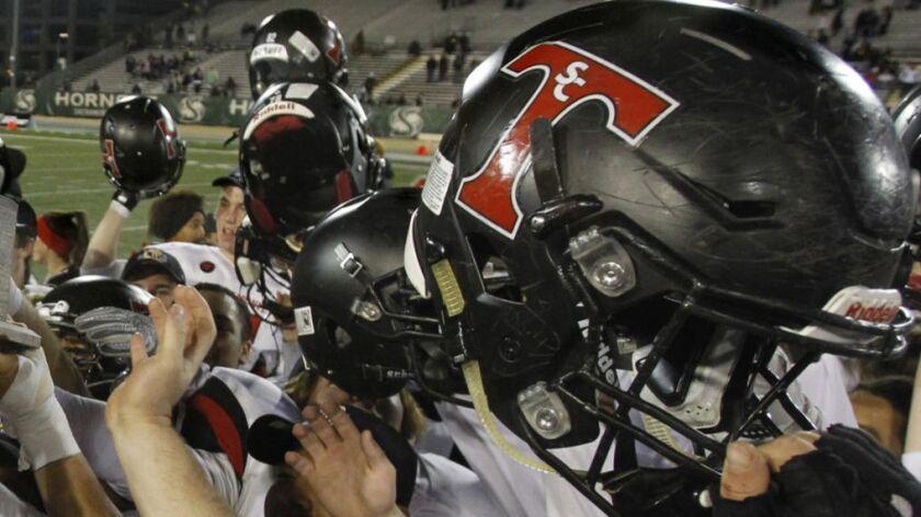 San Clemente High School football