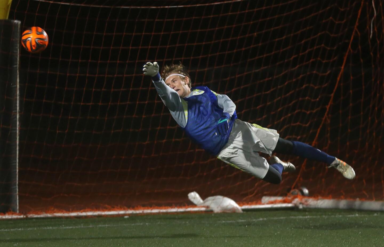Photo Gallery: Corona del Mar vs. Estancia in boys' soccer