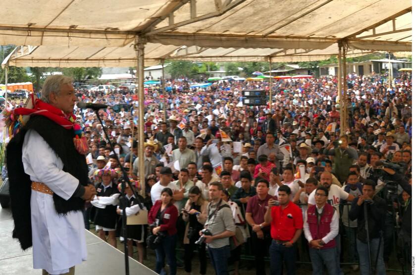 Andrés Manuel López Obrador sostuvo que ningún gobierno extranjero debe intervenir en las elecciones presidenciales de este año.