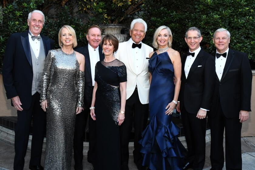 Harvey and Sheryl White, Bob and Nina Doede, Don and Karen Cohn, Barry Edelstein (Globe artistic director), Timothy Shields (Globe managing director)