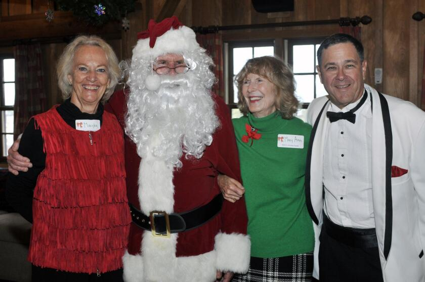 Del Mar Community Connections hosts holiday luncheon