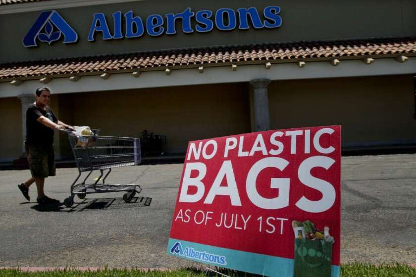 California Senate looks at statewide plastic bag ban
