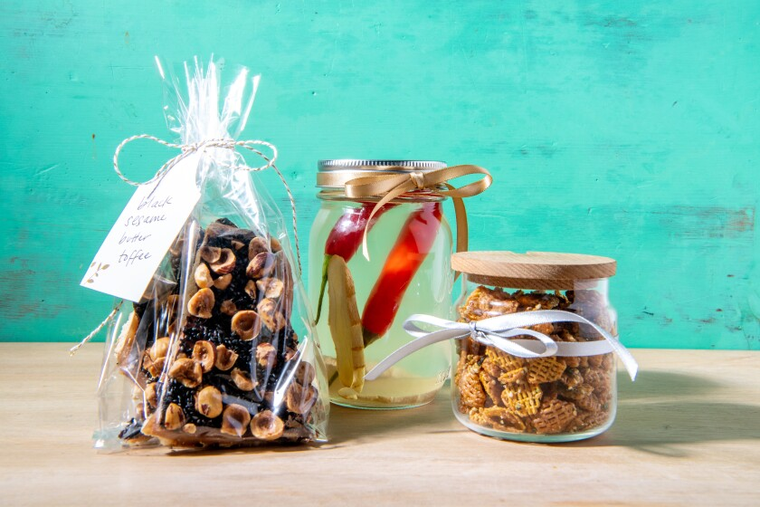 Easy salty, sweet and spicy homemade holiday gifts
