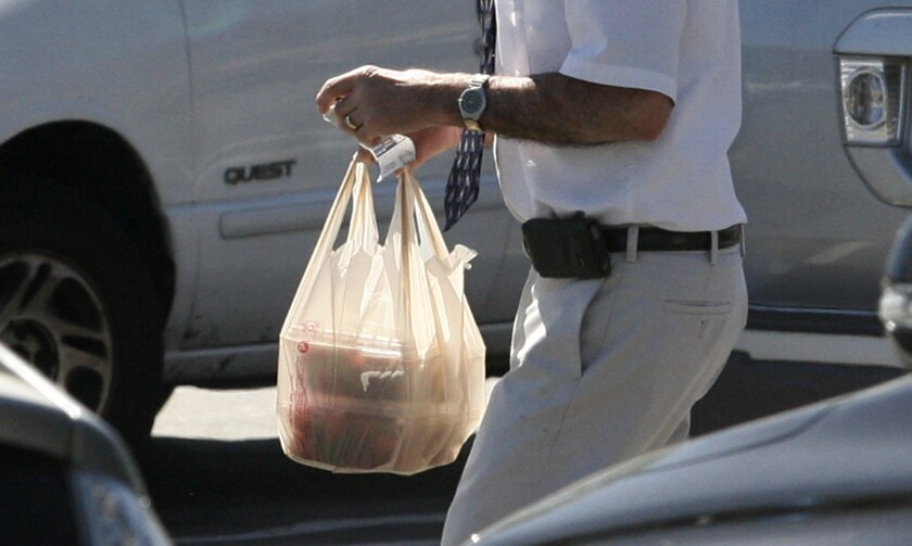 No ban on plastic bags (yet) in LCF, though local Ralphs pulls plug on the practice