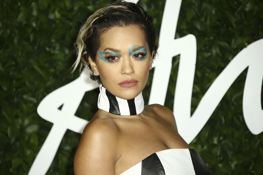 En esta foto del 2 de diciembre de 2019, la cantante Rita Ora