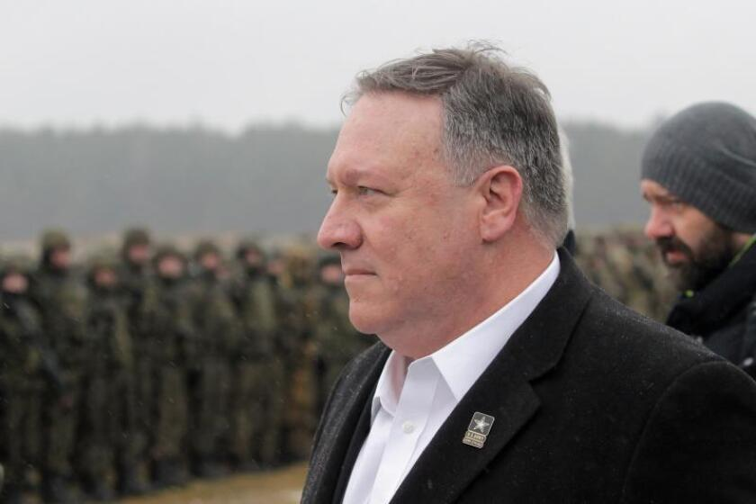 US Secretary of State Mike Pompeo visits soldiers of the NATO Battalion Battle Group stationed in Bemowo Piskie, north-eastern Poland. EPA/Tomasz Waszczuk POLAND OUT