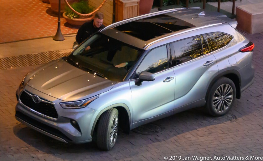 01878-20191210-12 2020 Toyota Highlander Media Drive-San Antonio Texas+photos from the flights including Phoenix AZ & San Diego CA-Z6
