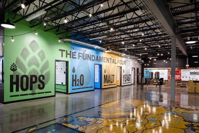 Fotografía promocional cedida por la cervecera BrewDog hoy, lunes 27 de agosto de 2018, donde se aprecia el Museo de la Cerveza instalado junto al hotel cervecería DogHouse, ubicado en la ciudad de Columbus, Ohio (EE.UU.). EFE/BrewDog Network/SOLO USO EDITORIAL/NO VENTAS