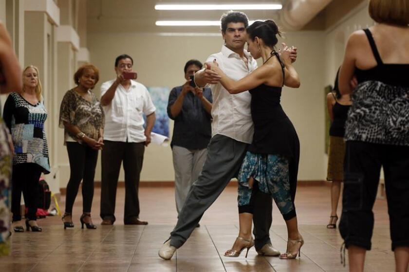 Bailadores de tango de Argentina, Chile, Curazao y los Estados Unidos participarán del 22 al 24 de junio en la vigésimo primera edición del Isabela Tango Fest, en el noroeste de Puerto Rico, anunció hoy la organización del evento. EFE/Archivo