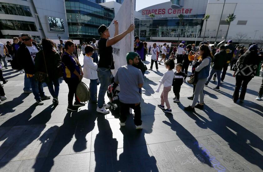 Remembering Kobe Bryant at Staples Center