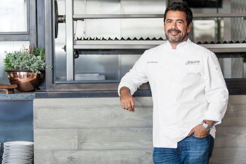 San Diego ha perdido el derecho a presumir de contar con el aclamado chef Javier Plascencia como uno de los suyos luego de que éste anunció su salida de Bracero y Romesco.