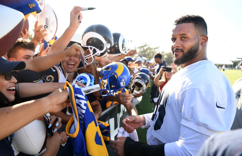 6e54cd1b Rams' Aaron Donald embracing the training camp vibe - Los Angeles Times