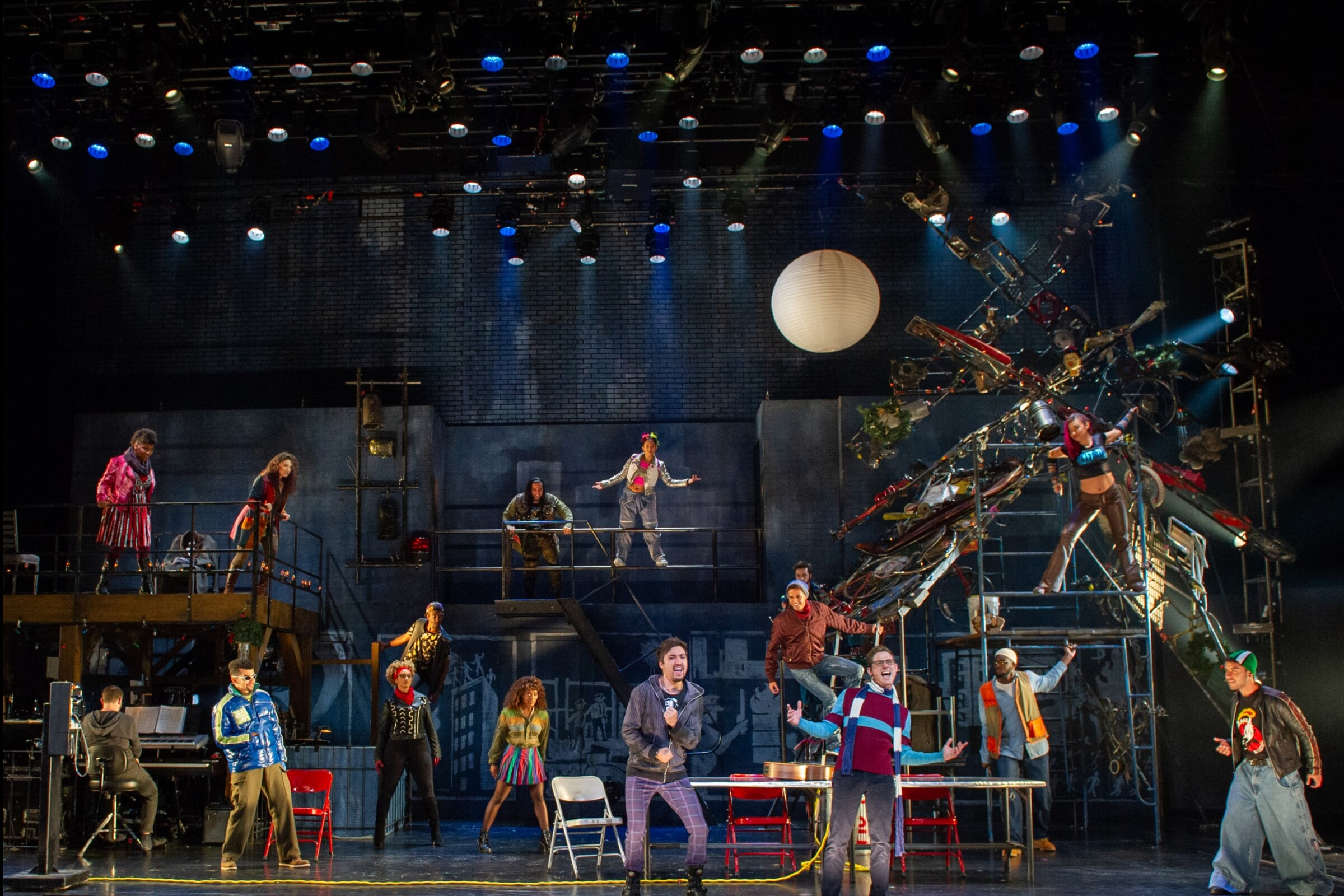 """The company of the touring """"Rent."""""""