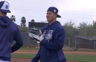 Three things that stood out from Machado's first day with the Padres