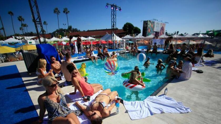 VIP guests bask in the VIP sun at KAABOO Del Mar Saturday. (Misael Virgen)