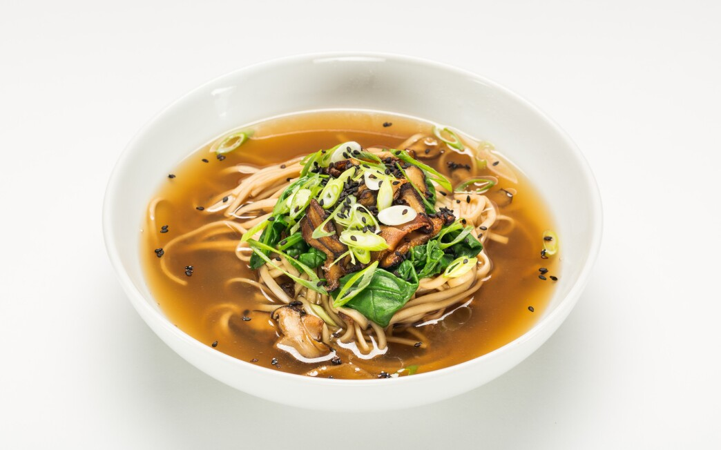 Udon with tea broth