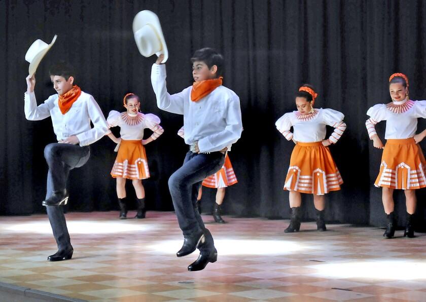 Kids with Ballet Folklorico Mexico Azteca of Burbank