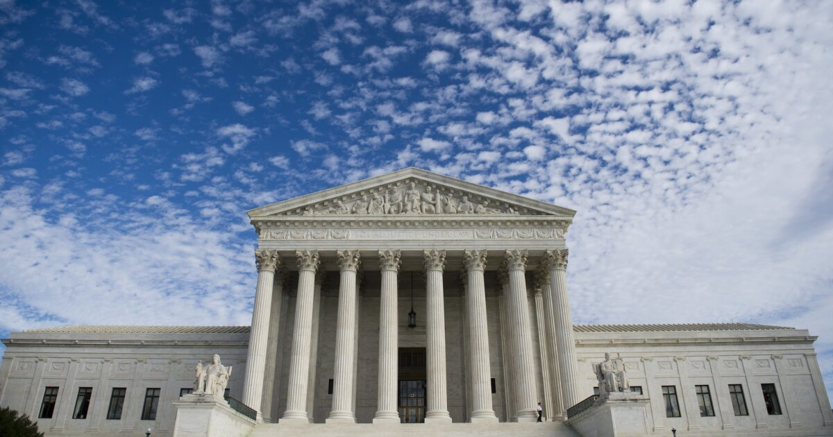Supreme Court saves Obamacare again, rejecting GOP suit - Los Angeles Times