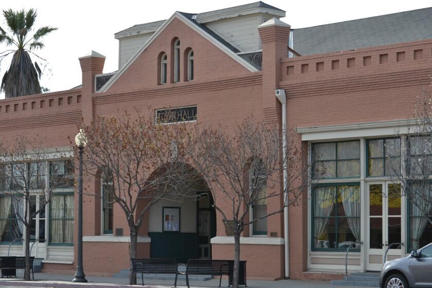 Town Hall.DSC_0753.jpg