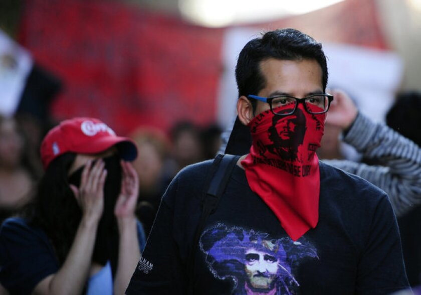 Police actions questioned after Mexican inauguration protests