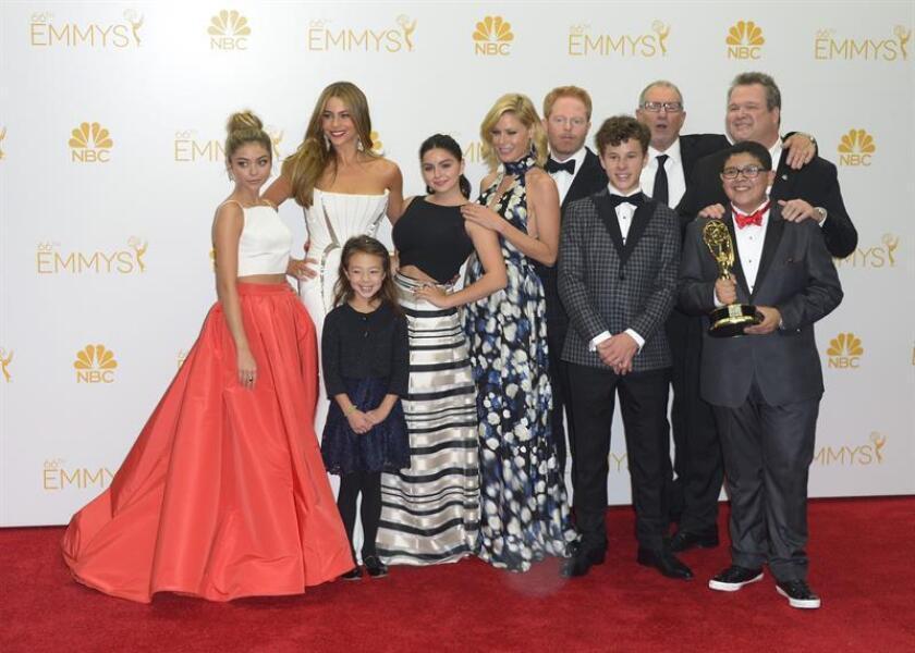 Fotografía de archivo de los integrantes del reparto de la serie 'Modern Family'. EFE/Archivo