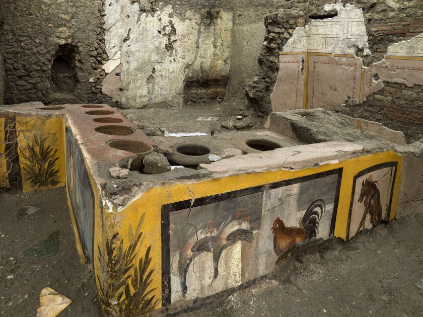 Archaeologists Excavate Fast Food Eatery in Pompeii
