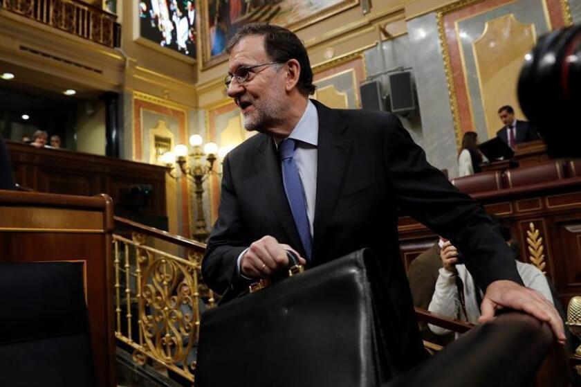 """El presidente del Gobierno español, Mariano Rajoy, cree que el populismo en Europa es """"muy de coyuntura"""", pero también considera que los partidos tradicionales deben defender sus propuestas con """"energía"""" y """"buenos argumentos"""". EFE/ARCHIVO"""
