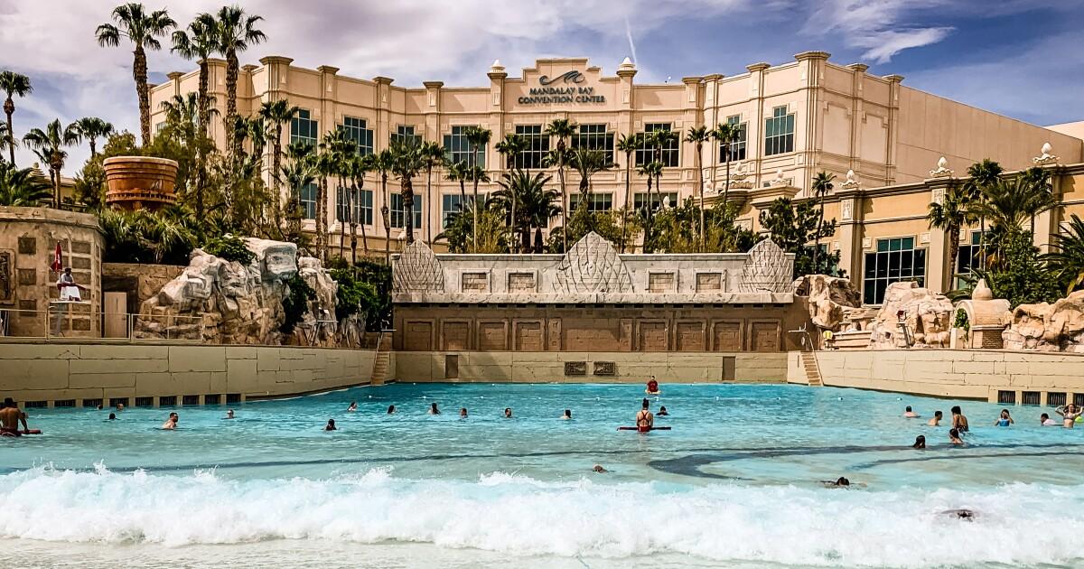 Las Vegas Pool Party Scene Changes Amid Coronavirus Los Angeles Times