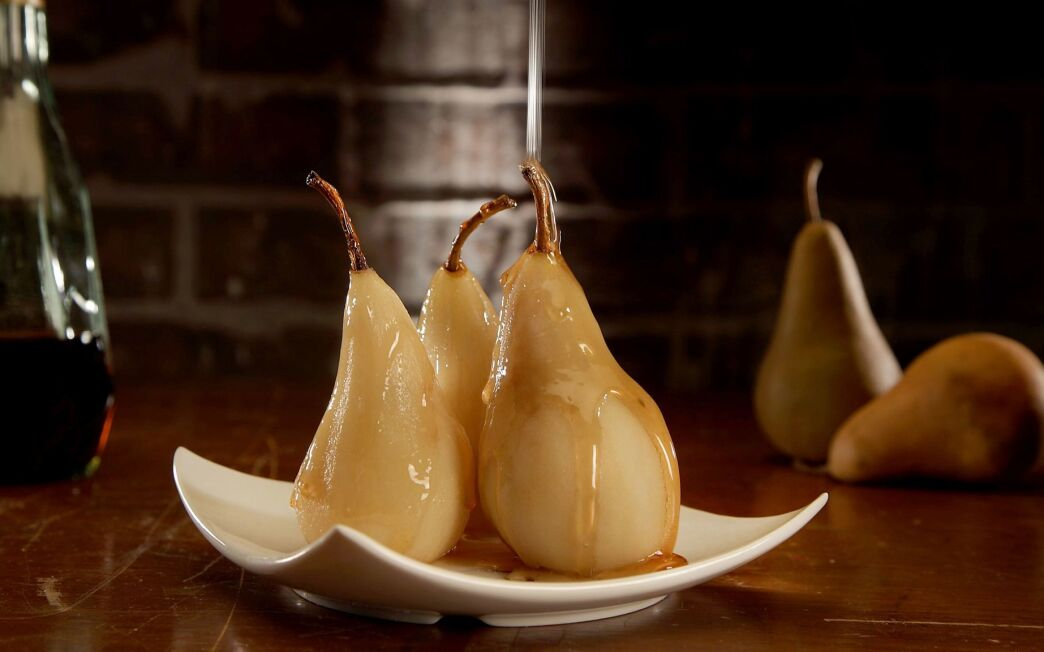 Brandy-glazed pears