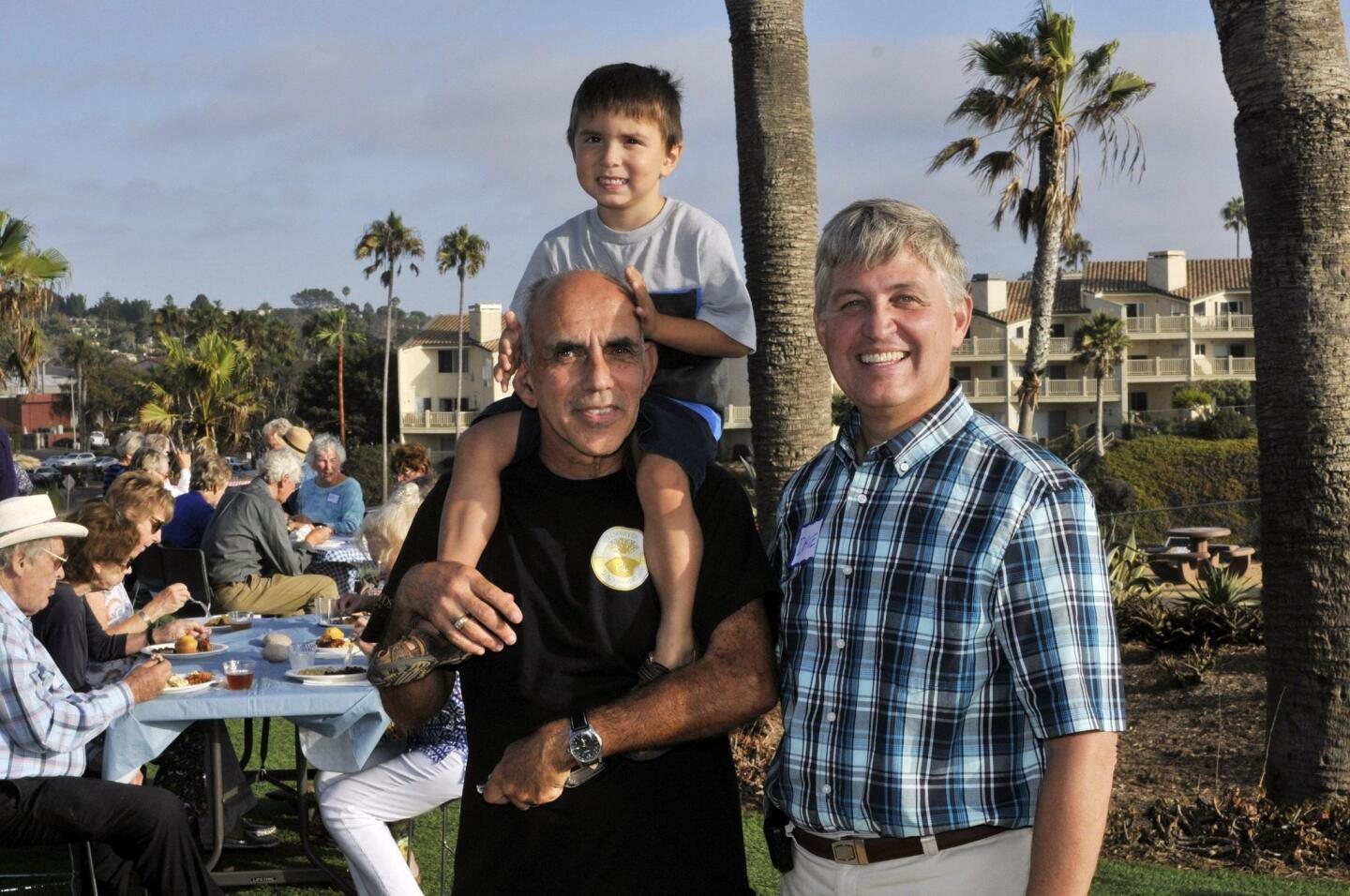 Solana Beach Civic and Historical Society Treasurer Wally Oliver with Manny, San Diego County Supervisor Dave Roberts