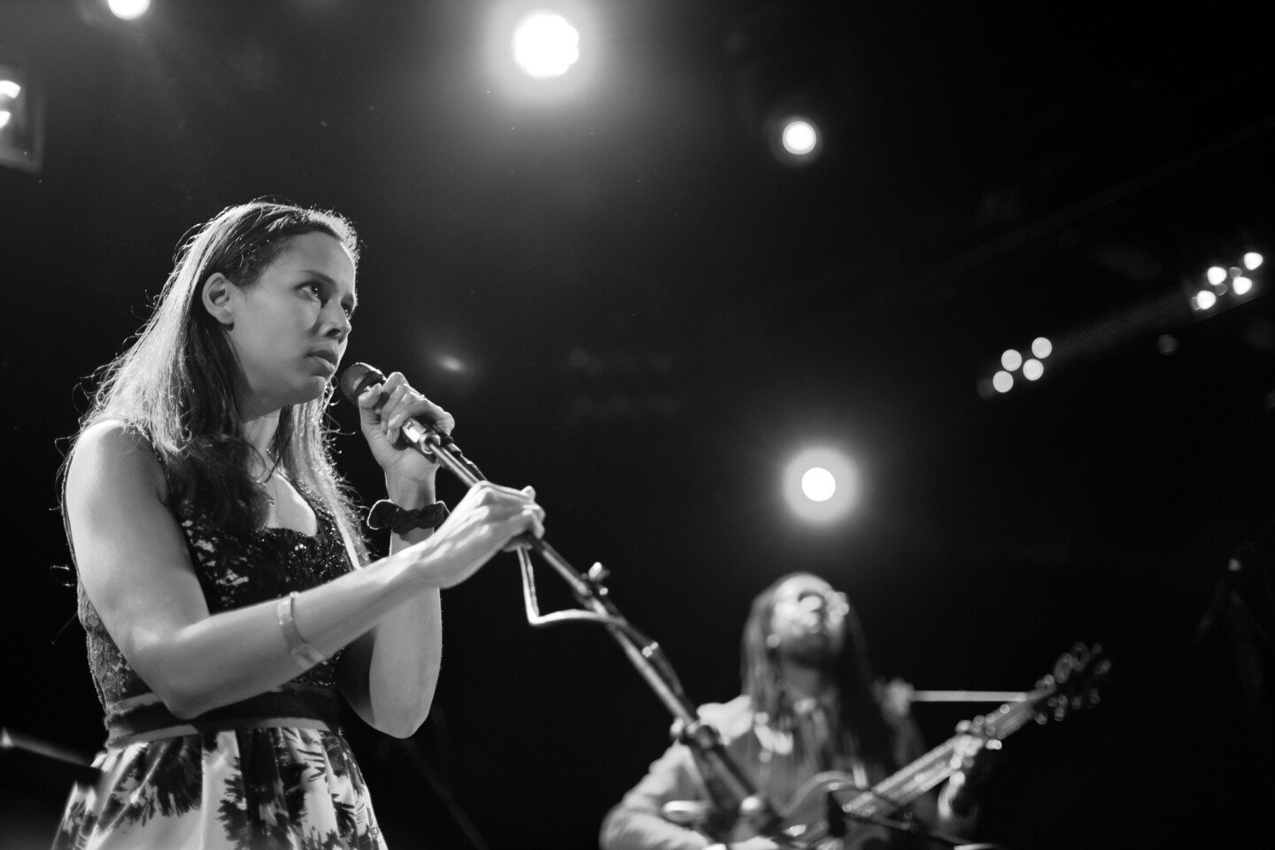 Carolina Chocolate Drops singer Rhiannon Giddens and bandmate Hubby Jenkins perform at the Americana Music Assn.'s salute to the Everly Brothers on Jan. 25 at the Troubadour in West Hollywood.