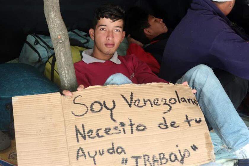 """Expresidentes integrados en la Iniciativa Democrática de España y las Américas (IDEA) pidieron solidaridad a los países que reciben el masivo flujo de refugiados venezolanos y nicaragüenses por la """"violación masiva y sistemática"""" de sus derechos en sus naciones de origen. EFE/Archivo"""
