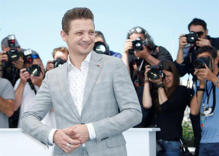 US actor Jeremy Renner poses during the photocall for 'Wind River'. EFE/EPA/Archivo