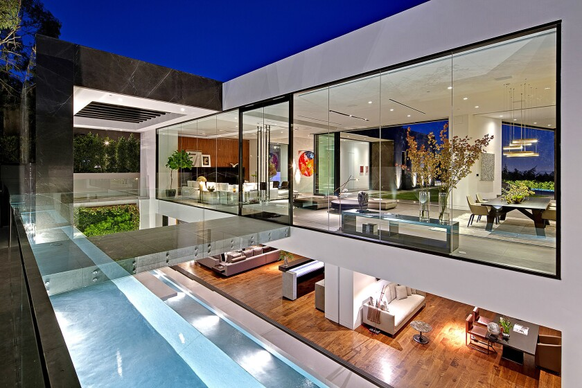 Tanager III / Completed in 2014 Size: Approximately 11,000 square feet. Bedrooms: 5 Location: West Hollywood. Owner: Calvin Klein. Interior designer: Minotti Los Angeles